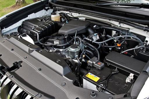 Аккумулятор на Лэнд Крузер 200 бензин